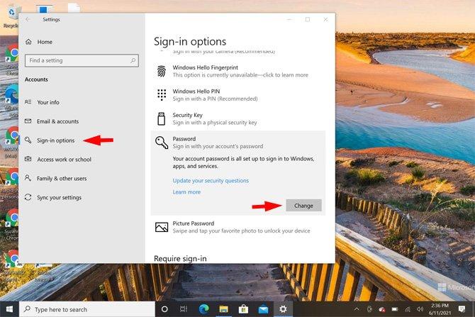 Captura de pantalla de la aplicación de configuración de Windows 10 que muestra las opciones de inicio de sesión señaladas en Cuentas y la opción de contraseña resaltada y el cambio de palabra señalado.