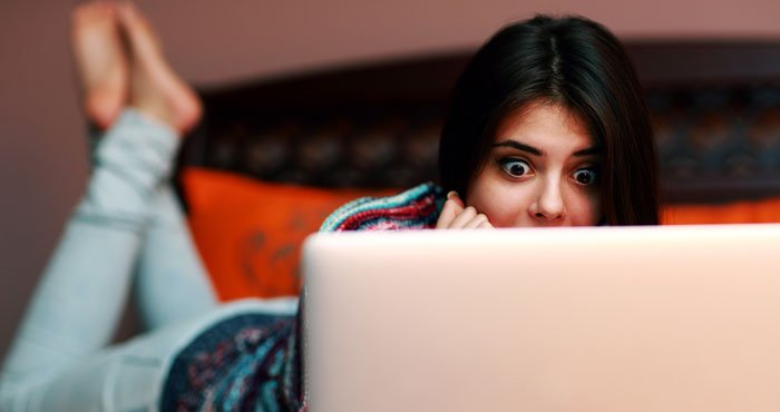 Woman Shocked Laptop 700px